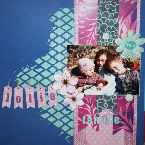 Papier uni bleu (U-BLEUM-10) - Pâte de structure (PFCWBBB-80) et poudre vert orchidée (P-COUL-009) - pochoir classique ((LS-0006) - Papiers du set extended Flamingo - papier magic white (MW18E-01) - papier set extended Crépuscule (SET-EXTENDED-01) - Découpe onglets (DCU-L-0008) - Alphabet (LAB-0002)